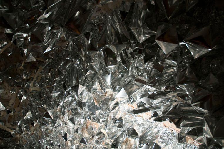 samsara - 5000 handfolded crystals